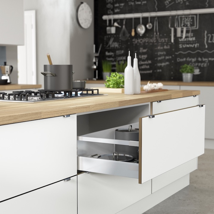 Kitchens_GADDESBY_Sodermalm_AlpineWhite_Cameo